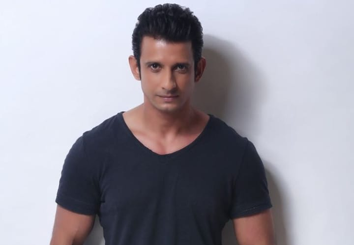 Sharman Joshi Biography