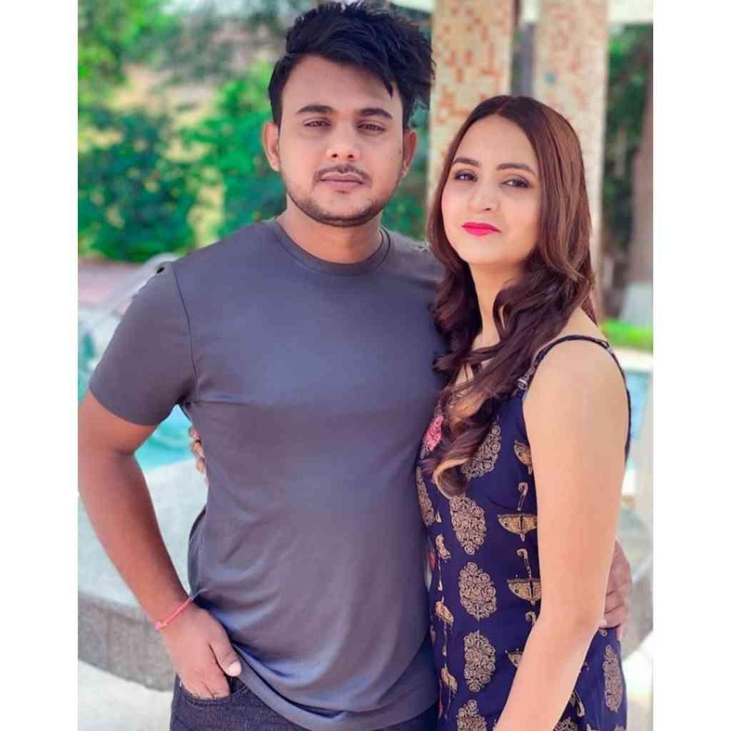 Shelly Sharma Husband