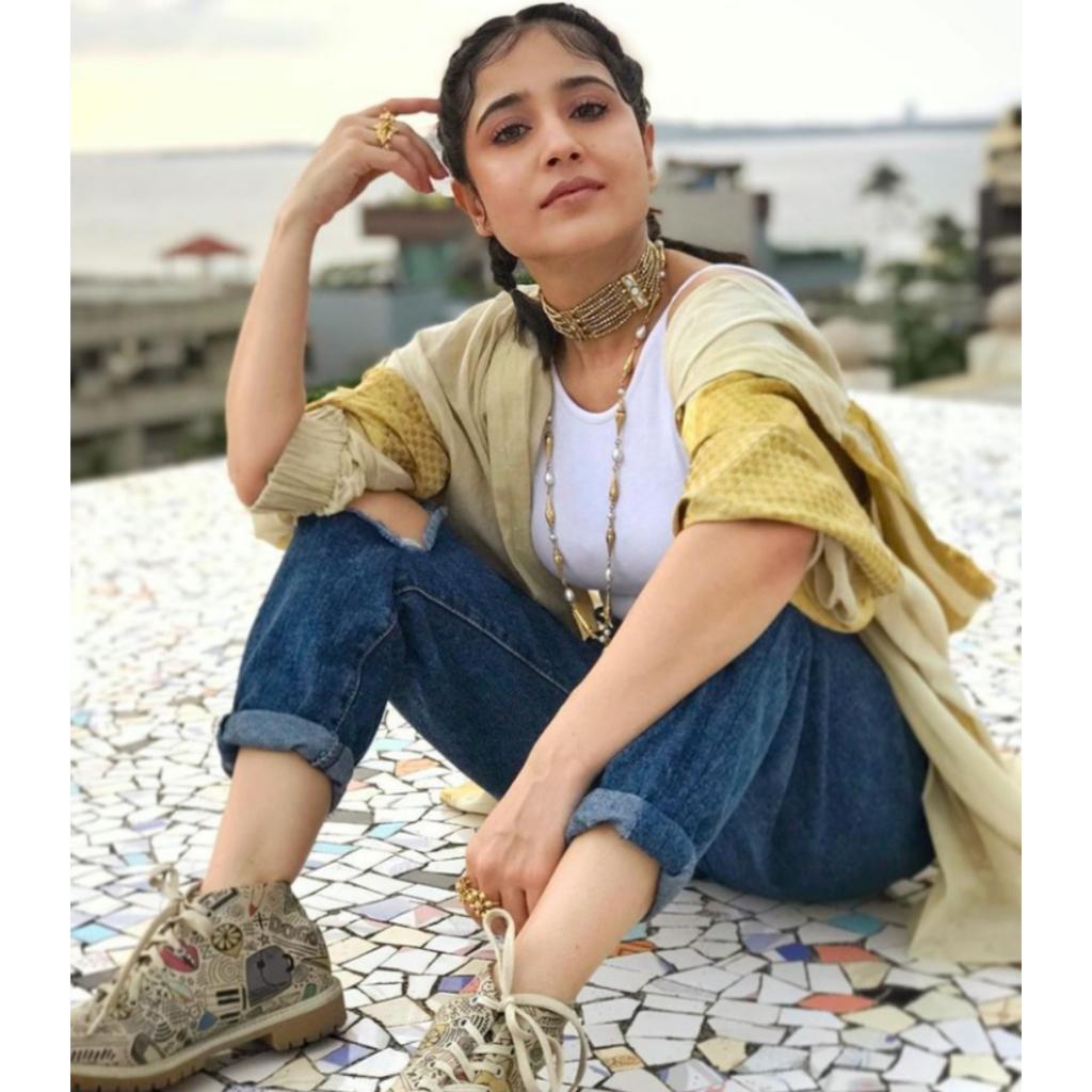Shweta Tripathi Sharma Net Worth